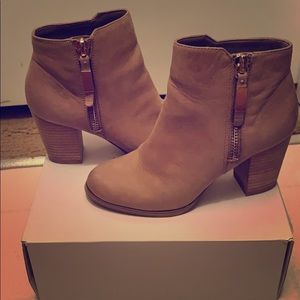 Aldo Mathia Leather Ankle Booties